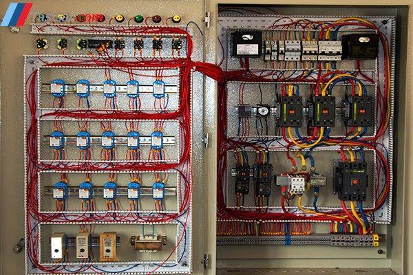 تابلو برق در دیگ بخار